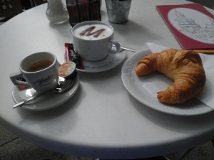 Last breakfast in Dresden at Bistro Cafe Am Schloss - the best coffee in Dresden.