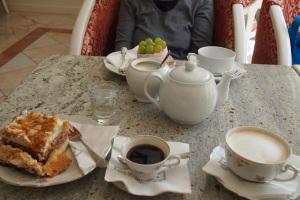 Nice china at the Kawiarnia