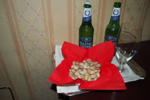 Beers and free pistachios, nice.