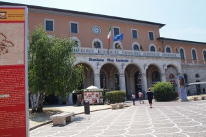 Pisa railway station