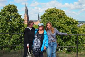 With Frida and Agnes with the cathedral in the background