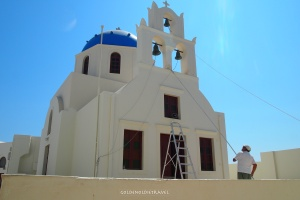 Painting the church of Panagia
